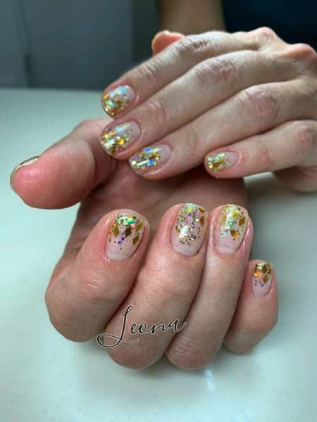 Покрытие ногтей гель-лаком с блестками